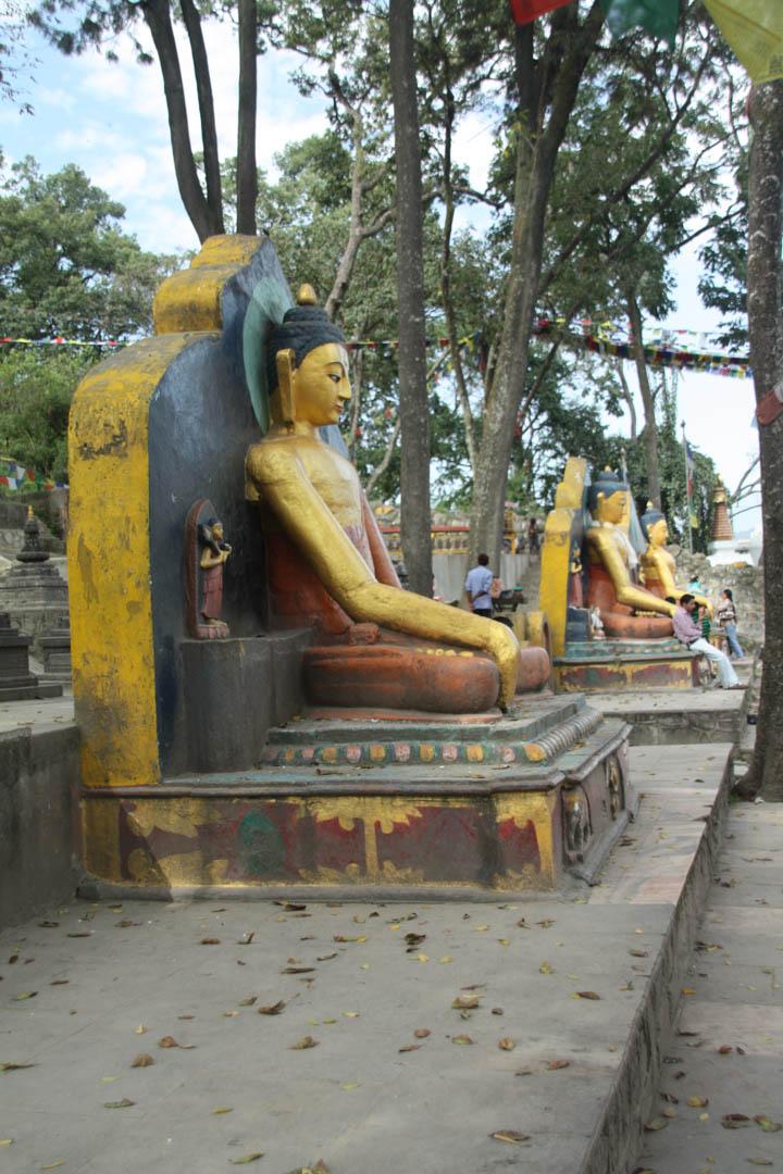 Drei goldene Buddhas