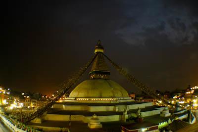 Bodnath Stupa bei Nacht